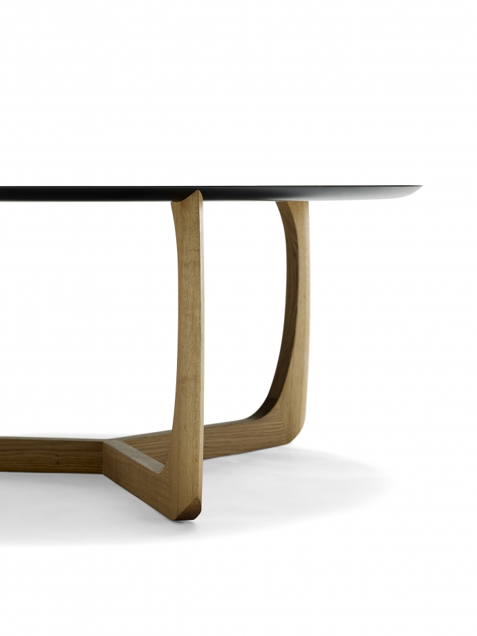 Lili - usiądź przy okrągłym stole - design, stół