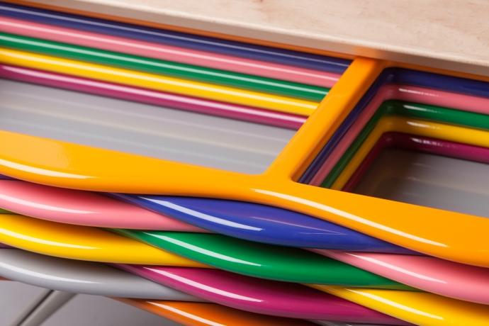 Pokoloruj wnętrze, tęczowe meble Edna - design, komoda