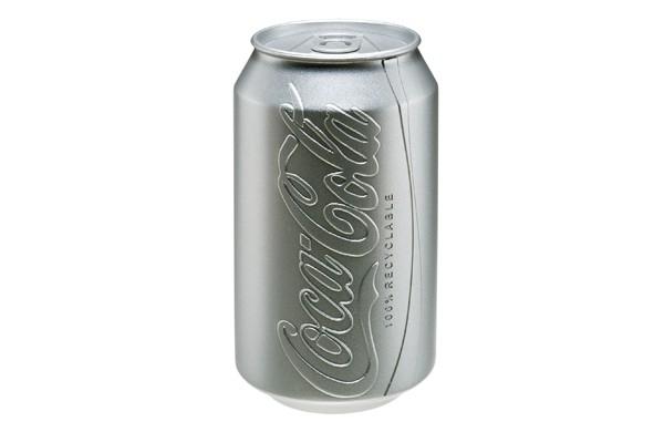 Puszka Coca-coli inaczej - design, opakowanie