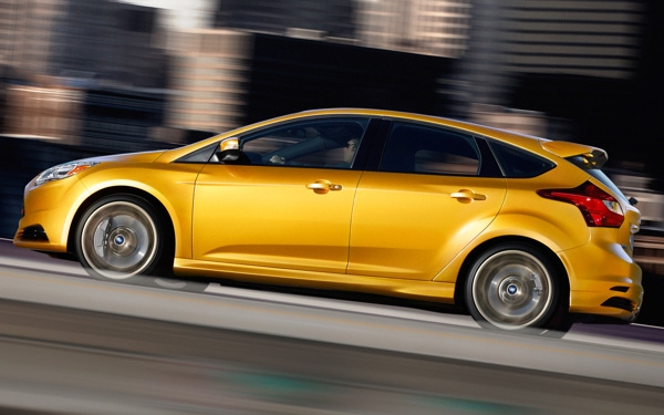 Ford Focus ST 2013 inspiruje... - design, rower