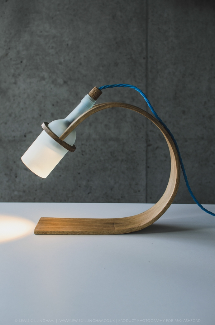 Lampka Quercus - butelka od wina i drewno - design, lampa