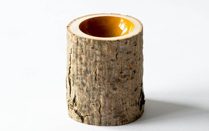 Misa w pniu drzewa od Loyal Loot - miska, naczynie