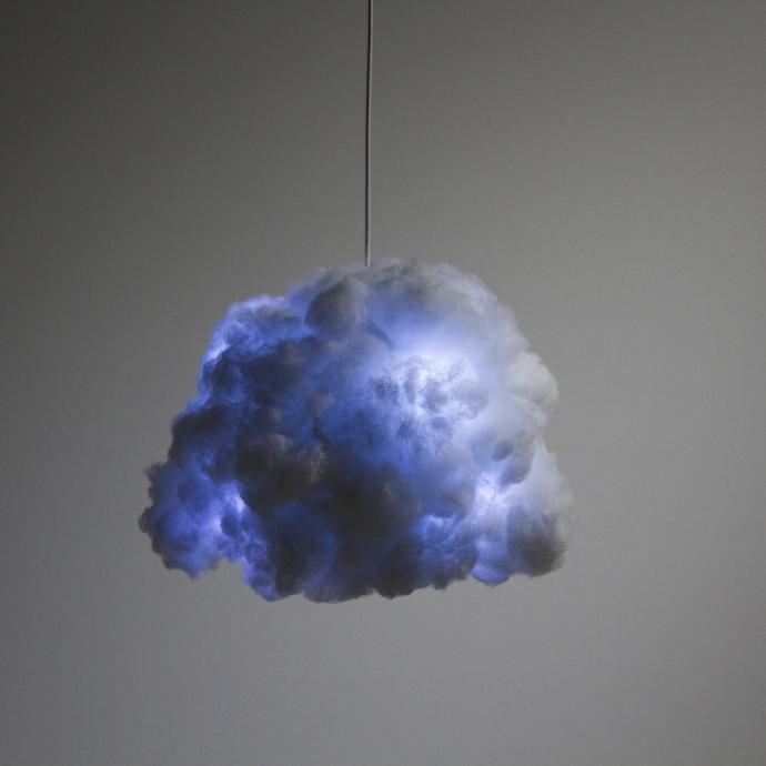 Richard Clarkson i jego burza pod sufitem - design, lampa