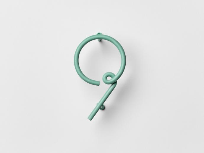 Designerski numer dziewięć Wire Number w kolorze zielonym.