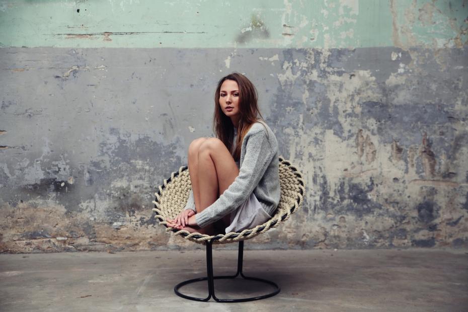 Femme Chair, krzesło inspirowane węzłami - 7